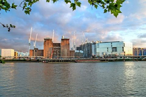1 bedroom flat for sale - Switch House East, Battersea Power Station, London