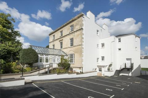 2 bedroom flat for sale - Montpellier Drive, Montpellier, Cheltenham