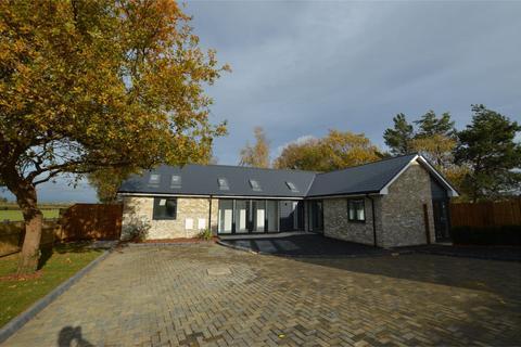 3 bedroom detached bungalow for sale - Hope Orchard, Springbank Road, Cheltenham