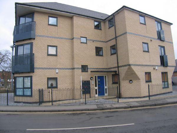 1 Bedroom Flat for sale in Axis Court, Mill Lane, Beverley
