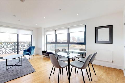3 bedroom flat to rent - City View Point, Poplar, E14