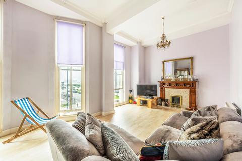 4 bedroom apartment to rent - Percival Terrace, Brighton