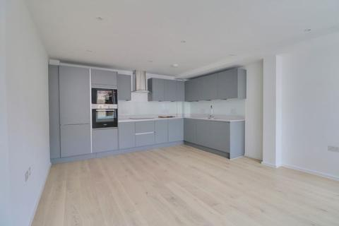 2 bedroom apartment to rent - Whytecliffe Road South, Purley