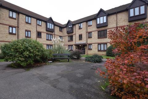 1 bedroom flat for sale - Willow Court, Spring Close, Dagenham