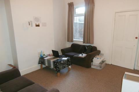 4 bedroom terraced house to rent - Lytton Road, Leicester