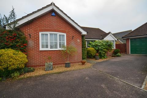 3 bedroom detached bungalow for sale - Grove Road, Tiptree, CO5 0JG