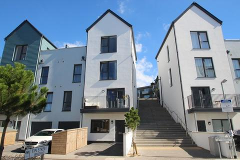 2 bedroom maisonette to rent - Willoughby Way, Millbay