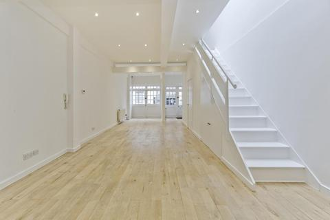 2 bedroom house to rent - Bathurst Mews, London, W2