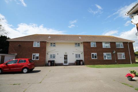 2 bedroom flat to rent - 2 bedroom First Floor Flat in Selsey