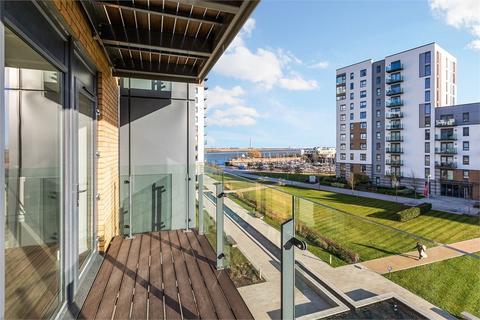 2 bedroom flat for sale - Peninsula Quay, Victory Pier, Gillingham