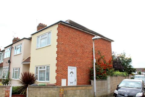 2 bedroom end of terrace house to rent - Temple Avenue, Dagenham, Essex, RM8