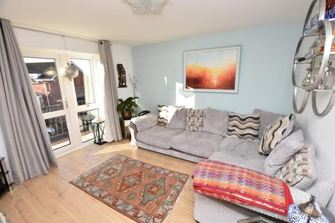 3 bedroom terraced house to rent - Kingfisher Way