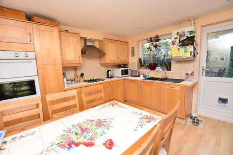 3 bedroom house to rent - Kingfisher Way
