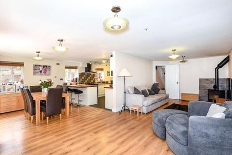 4 bedroom detached house for sale - Groves Lea, Mortimer, Reading, West Berkshire, RG7