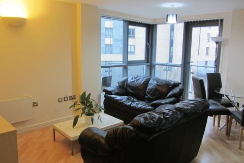 2 bedroom apartment to rent - City Walk, Leeds