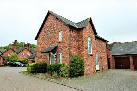 4 bedroom detached house for sale - Ivy Court, Wrexham Road, Pulford, Chester