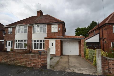 3 bedroom semi-detached house to rent - Lidgett Grove, Boroughbridge Road, York