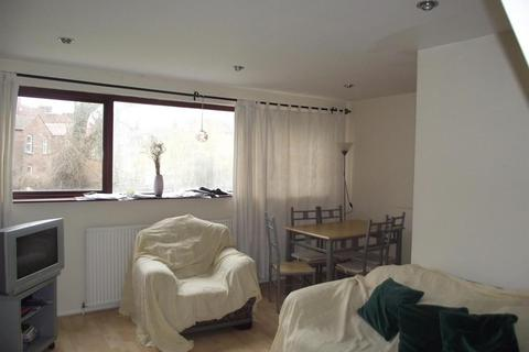 6 bedroom private hall to rent - Ladybarn Crescent, Fallowfield, Manchester