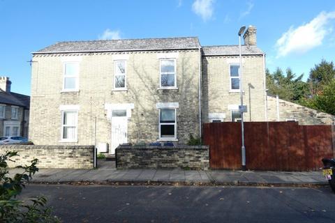 4 bedroom house to rent - Beche Road
