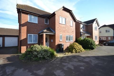 3 bedroom detached house to rent - Leslie Park, Burnham-on-Crouch