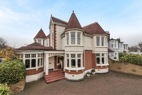 5 bedroom semi-detached house for sale - Fox Lane, Palmers Green