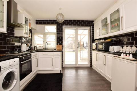 3 bedroom terraced house for sale - Spurling Road, Dagenham, Essex