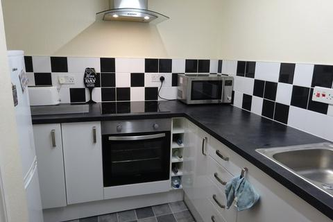 2 bedroom ground floor flat to rent - Wood Lane, Headingley, Leeds
