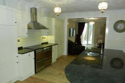 3 bedroom apartment to rent - Mannamead Road, Plymouth