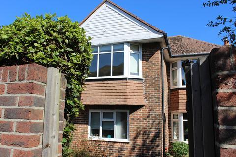 1 bedroom house share to rent - 2a Gorringe Road, Eastbourne BN22