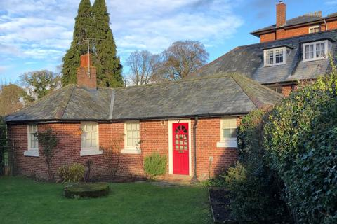 2 bedroom bungalow to rent - Winsley Hall, Westbury