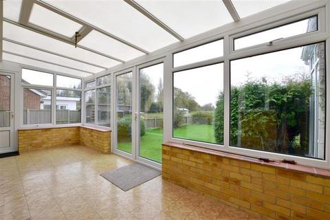 3 bedroom bungalow for sale - Sycamore Close, Lydd, Romney Marsh, Kent