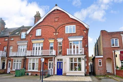 3 bedroom maisonette for sale - Douglas Avenue, Hythe, Kent