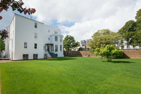 1 bedroom flat for sale - Montpellier Drive, Montpellier, Cheltenham