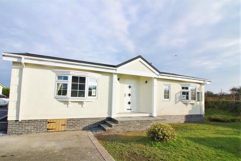2 bedroom park home for sale - Scamford Park, Camrose, Haverfordwest, Pembrokeshire. SA62 6HN