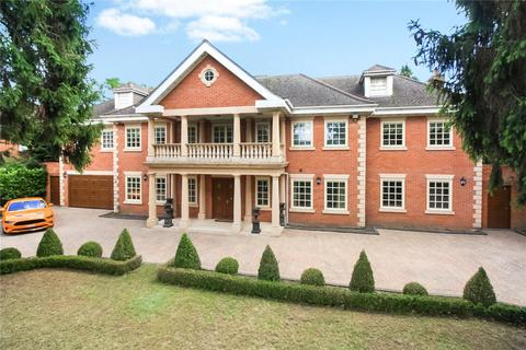 6 bedroom detached house to rent - Camp Road, Gerrards Cross, SL9