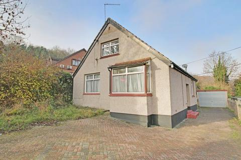 3 bedroom detached house for sale - Robin Hood Lane, Chatham