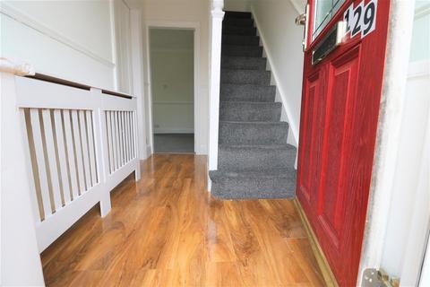 3 bedroom semi-detached house to rent - Lodge Street, Hull, HU9