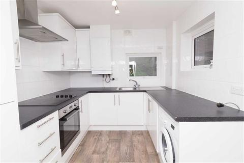 2 bedroom house to rent - Roydene Road, Plumstead, London, SE18