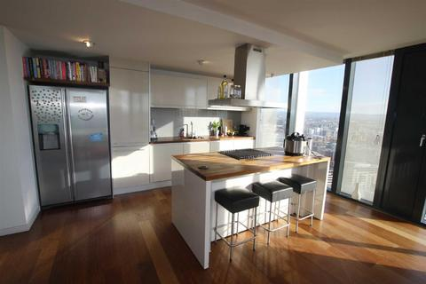 3 bedroom apartment for sale - Beetham Tower, 301 Deansgate, Manchester