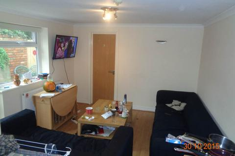7 bedroom house to rent - Flora Street, Cathays, Cardiff