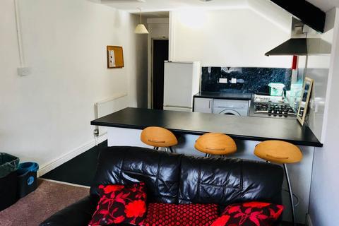 3 bedroom flat to rent - Glynrhondda Street, Cathays, Cardiff