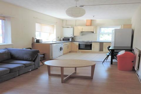 6 bedroom flat to rent - Miskin Street, First Floor Flat, Cathays, Cardiff