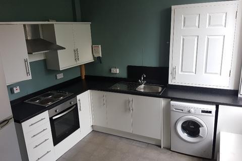 3 bedroom flat to rent - High Street, Penicuik, Midlothian, EH26 8HS