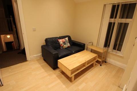 2 bedroom flat to rent - Keppoch Street, , Cardiff