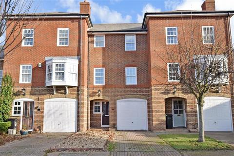 4 bedroom townhouse for sale - Mountbatten Square, Southsea, Hampshire