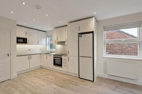 2 bedroom apartment to rent - Windsor Road,  Finchley,  N3