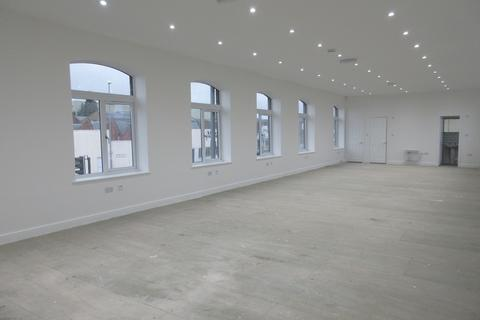 Office to rent - Tong Road, Whingate Junction, Armley, Leeds