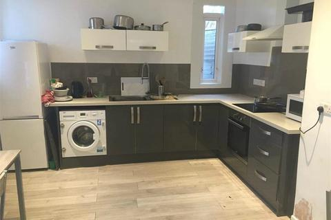 5 bedroom maisonette to rent - Christchurch Road, Bournemouth