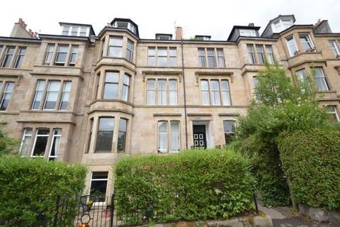3 bedroom flat to rent - Hayburn Crescent, Glasgow, G11 5AY
