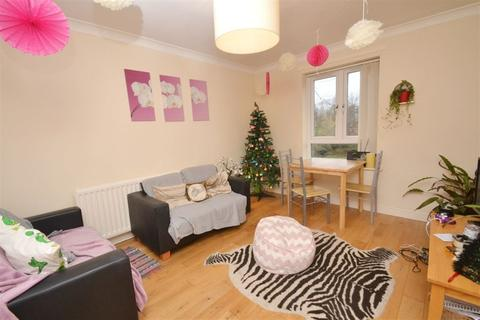 3 bedroom apartment to rent - Brunswick Road, Manchester